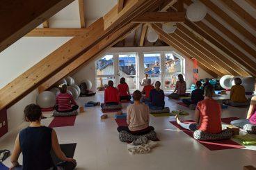 Yogastunden LIVE Online